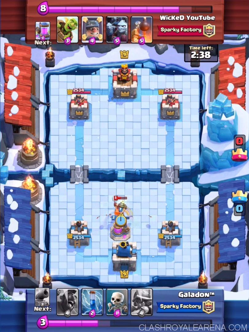 frozen peak arena clash royale