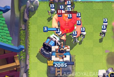 Striking Royal Giant Deck That Counters Night Witch